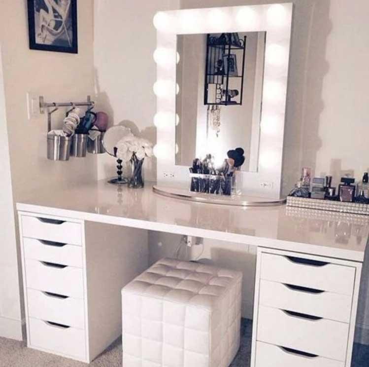 bureau maquillage