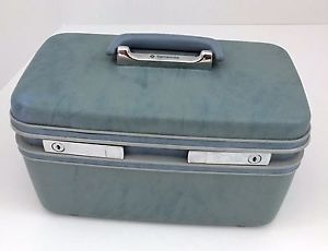 vanity case samsonite