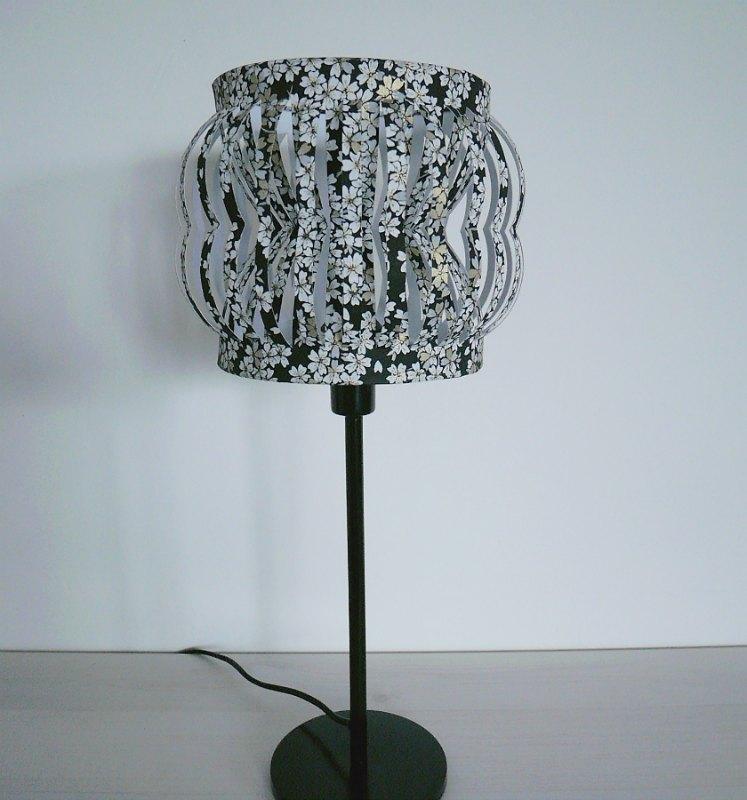 abat jour design pour lampe sur pied