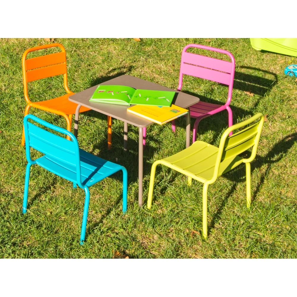 table de jardin enfant